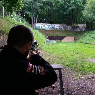 II LO w Gdyni - strzelanie do wiewiórki