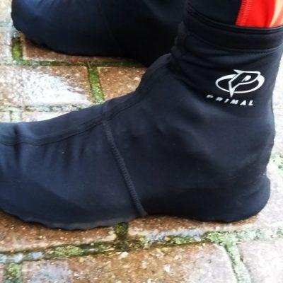 Ocieplacze na buty - zapewniają ciepło i czyste obuwie.