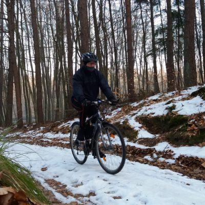Na szlaku rowerowym w okolicy Gdyni Chwarzna.