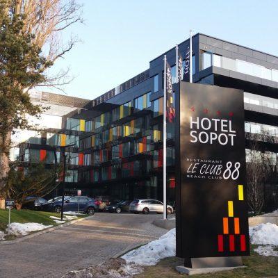 Oficjalnie otwarty 9 grudnia 2016 r. hotel Sopot mieści się przy ulicy Haffnera. Powstał w miejscu dawnego sanatorium Jantar.