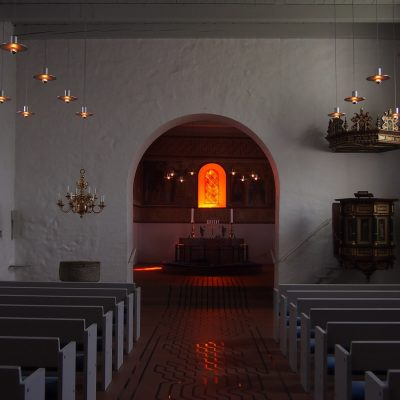 Wnętrze XII-wiecznego kościółka.
